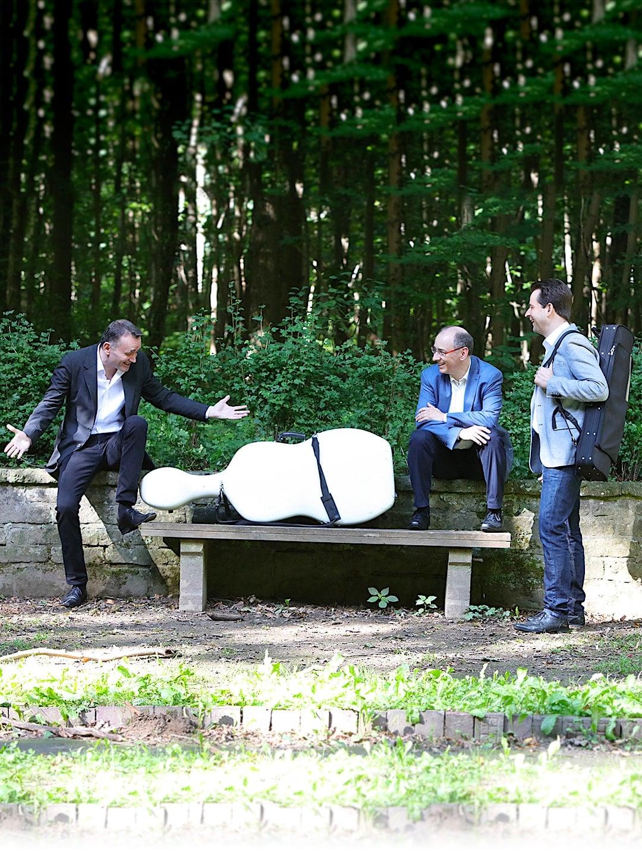 Trio Jean Paul kontaktieren